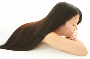 健康な髪の女性
